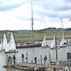 Wivenhoe OD's - lead by No1 Alcyone & No 10 Brunette + 3 others - 2010 | Photo - Mike Downes