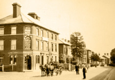 About The Park Hotel (from about 1862 to 2008)