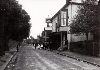 View of The Greyhound in the High Street, The photo was taken in the early 1900s. | John Stewart - Wivenhoe Memories Collection