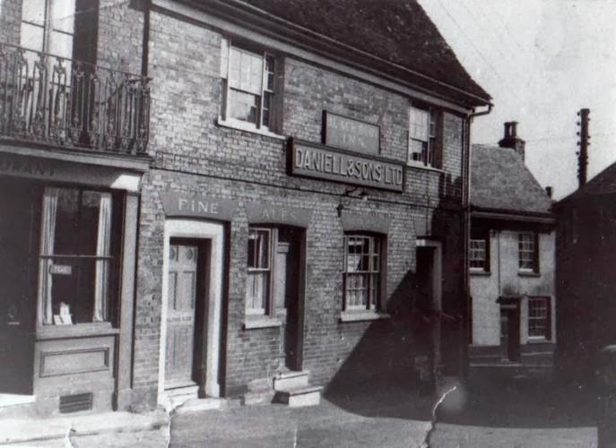 The Black Buoy Inn, Bethany Street, Wivenhoe circa 1950 | John Stewart - Wivenhoe Memories