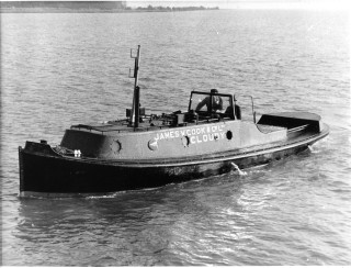 The small motor tug Cloudy, Cook's 1001 the first powered  vessel built by Cook's at Wivenhoe. | Nottage Maritime Institute 02278x