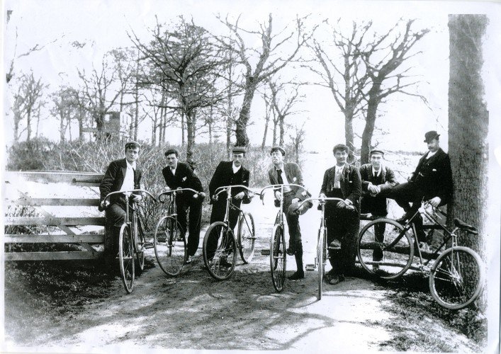 Members of the Wivenhoe Cycle Club in 1905. | Nottage Maritime Institute 02666