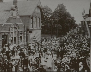 The parade up the High Street to celebrate King George V's Coronation. | Nottage Maritime Institute 04329.30