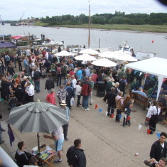 Crowd on Quay outside the Nottage - 2011 | Photo: Mike Downes