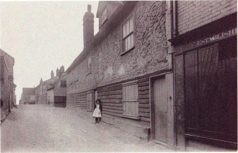The Old Garrison House in East Street built around 1675. Photo taken around 1900