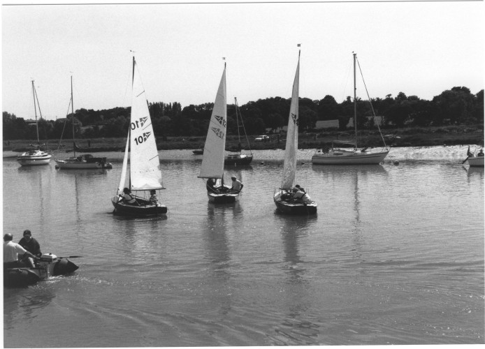 Wivenhoe One Design dinghies after their race. | Jan Ward (via Nottage Maritime Institute)
