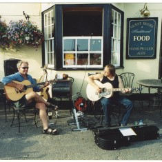 Musicians outside The Rose and Crown pub on the Quay. entertain the Regatta goers. | Jan Ward (Nottage Maritime Institute)