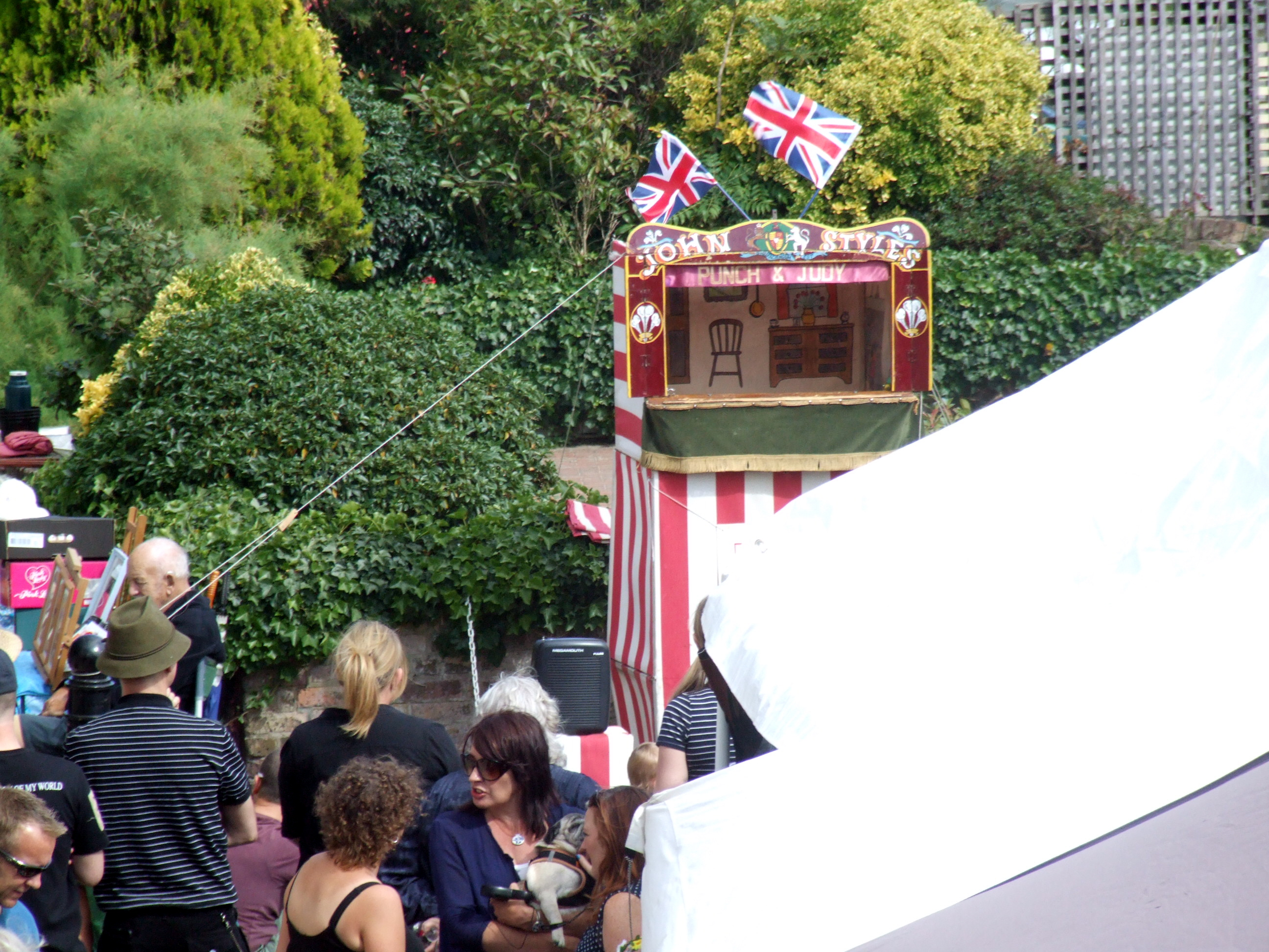 22: Stalls and Punch and Judy