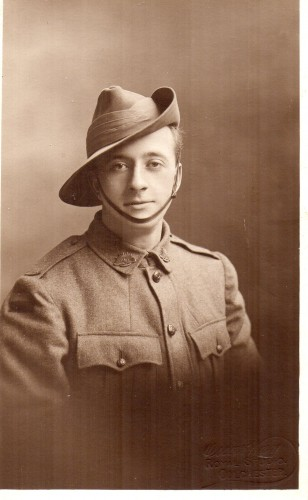 Private Ernest Rand A.I.F. Photograph taken in Colchester | Photographer unknown. Photograph supplied by Peter Waller.