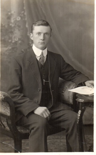Oliver Rand at Brisbane before the War. | Photographer unknown. Photograph supplied by Peter Waller.