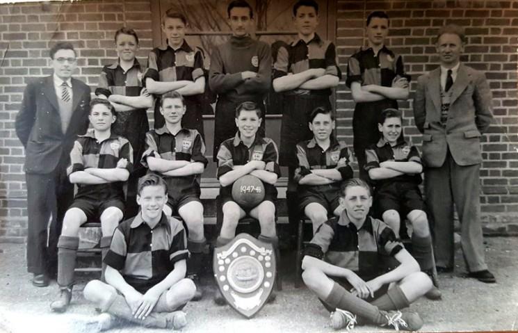 Seniors football team , Ken green centre. 1947.   Wivenhoe Memories.
