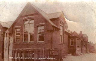 An early photograph of the Wyvenhoe Board School | Wivenhoe Memories Collection