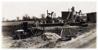 The original tarmac plant | Photograph loaned by Mr & Mrs Graham Wadley