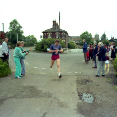 The Finish Wivenhoe Mile Race - Wivenhoe Carnival | Photo Mike Downes