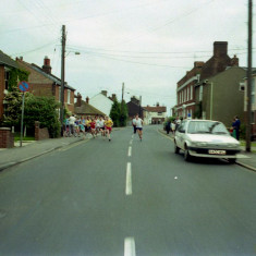 The Start of the Wivenhoe Mile Race - Wivenhoe Carnival | Photo Mike Downes
