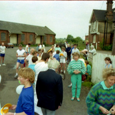After ihe Wivenhoe Mile Race = Wivenhoe Carnical | Photo Mike Downes