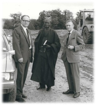 From left: Walter Wix, Chief Banjoko from Nigeria with the Tilbury Group Chairman Patrick Edge-Partington | Photo lent by Alex Stanmore