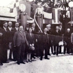 The garage in the Avenue opened in July 1928 and by 1937 it was in the hands of Arthur Cedric Peck and A. L. Gilbert, advertised as motor engineers. | Wivenhoe Memories Collection