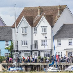 Wivenhoe Crabbing Compition 2016 off West Quay | Ivan Beales