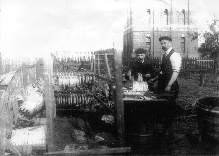 Mr King and Mr Ford curing herrings at The Cross | Wivenhoe Memories Collection