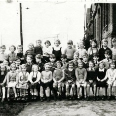 Wivenhoe Primary School in the 1950s (before 1957) | Wivenhoe Memories Collection