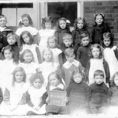 Wivenhoe Primary School circa 1910 | Wivenhoe Memories Collection