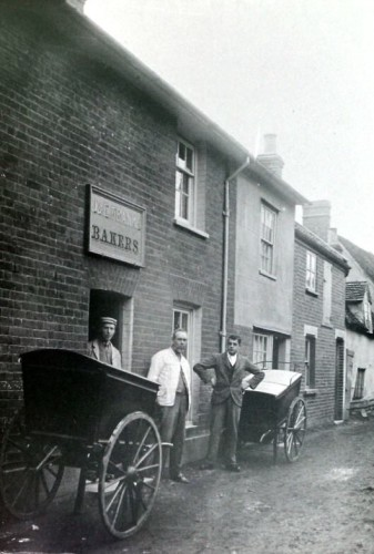 The Baker's shop in East Street run by Edith Franks. These houses were demolished in the nineteen-thirties. Harold Payne was the baker after 1946 but Edith Franks continued to live there. | Wivenhoe Memories Collection