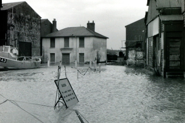 The house which the owner of the shipyard, Mr Husk, built so he could be close to what was going on in the yard but under water on this occasion.  | Wivenhoe Memories Collection