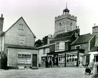 Anchor Hill in the 1940s | Wivenhoe Memories Collection