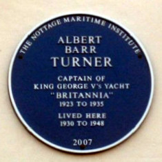 October 2007 - A Blue Plaque in Memory of Captain Albert Turner | Photo Mike Downes