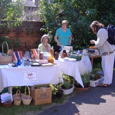 QRRA Stall at Art on the Railings and the June Market 2007 | QRRA