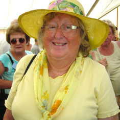 Di Duffield, Secretary of WAGA, at the Tendring Show in 2003  | Photo by Peter Hill