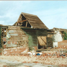Barns at Cross Farm being demolished | Peter Hill