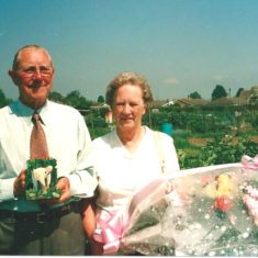 Roy Hemstedt and his wife on his retirement as Treasurer of WAGA for a very long time (nearly 30 years?) | Photo by Peter Hill