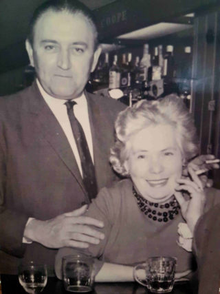 Tom & Nib Wise who ran the Park Hotel from the mid-50s to 1961  | Photo owned by Wendy Tompkins