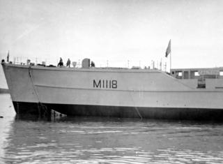 Coastal minesweeper, the Calton | Photo by Alf Jefferies. Copyright Lynn Ballard.