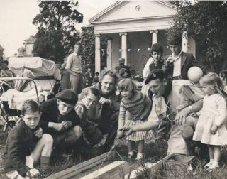 A Congregational Church fete in the garden of Wivenhoe Hall Folly | Wivenhoe Memories Collection