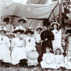 Fete held at The Nook in 1909 to raise money for the church   Wivenhoe Memories Collection