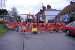 Work commences on the road closure March 2007 | QRRA