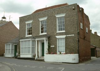 The house on East St which is believed to be one of those occupied by Philip Havens, General Practitioner and Surgeon | Historic England Listed Building