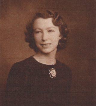 Ellen M Sparling (aka Topsy Jennings) b1920 | Picture loaned by Nick Sheen