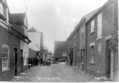 No 2 East Street and Nonsuch House, Black Buoy Hill (formerly No 1 East Street 1875-1971)