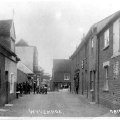Old photograph of East Street looking eastward  towards Black Buoy Hill | Wivenhoe Memories