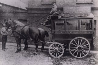 An example of an Early Thomas Tilling Horse Bus. 1851. Carrying route boards for the route from Rye Lane, Peckham to the Lord Nelson Public House, Old Kent Road.    © TfL from the London Transport Museum collection at https://www.ltmuseum.co.uk/