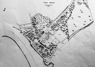 Extract from the 1838 Tithe Award Map showing what is believed to be the jetty where The Ship was originally sited. That particular parcel of land is also listed as No 354 Houses and Ship Yard (Three roods and thirteen perches). | Essex Record Office D/CT 406A