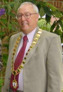 Cllr David Craze, Town Mayor 2002 -2003